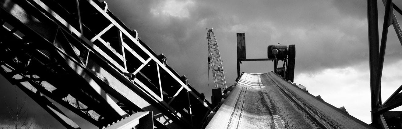 Brücke / Förderband